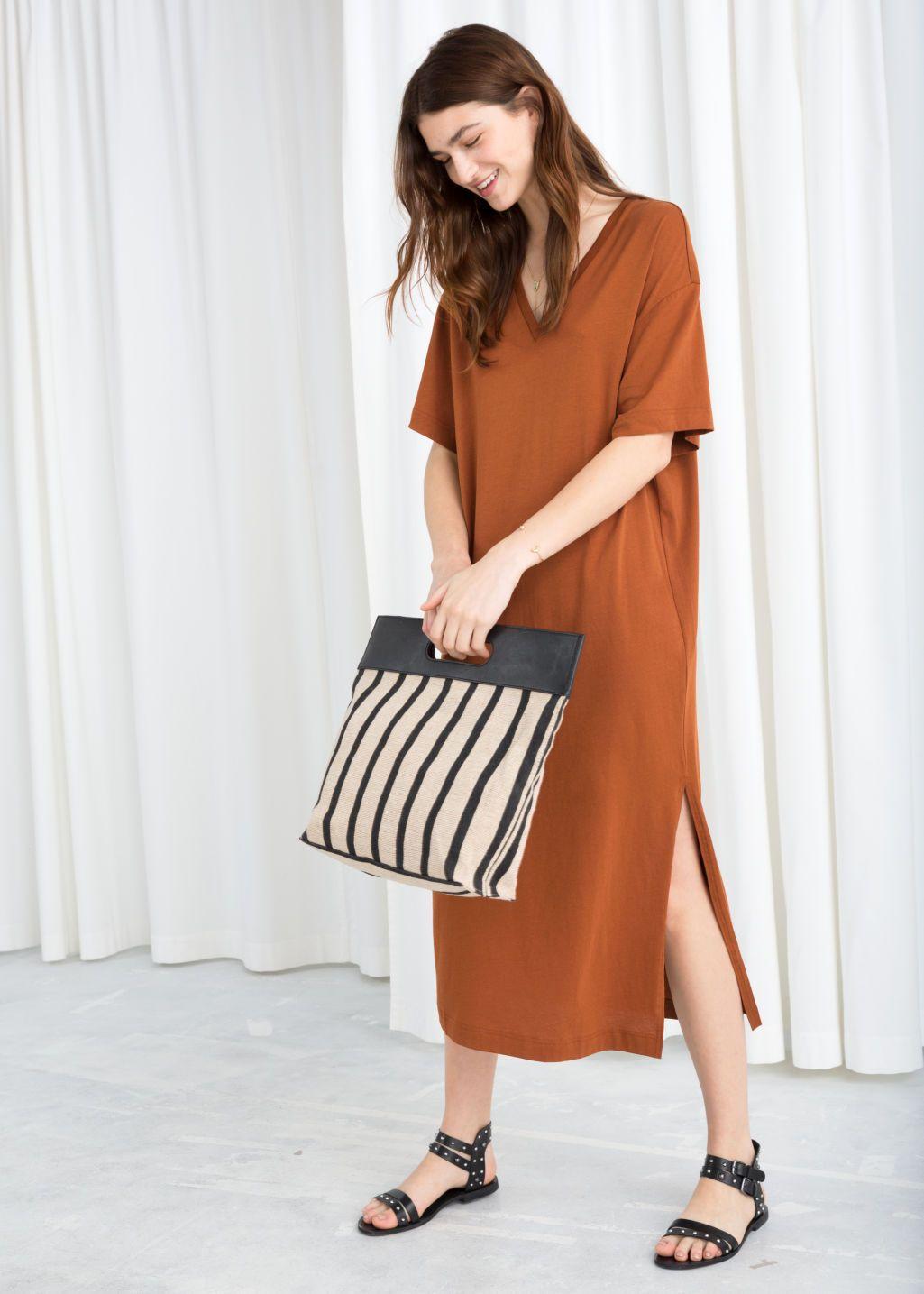 a4c25283969a V-Neck Midi T-Shirt Dress - Rust - Midi dresses -   Other Stories