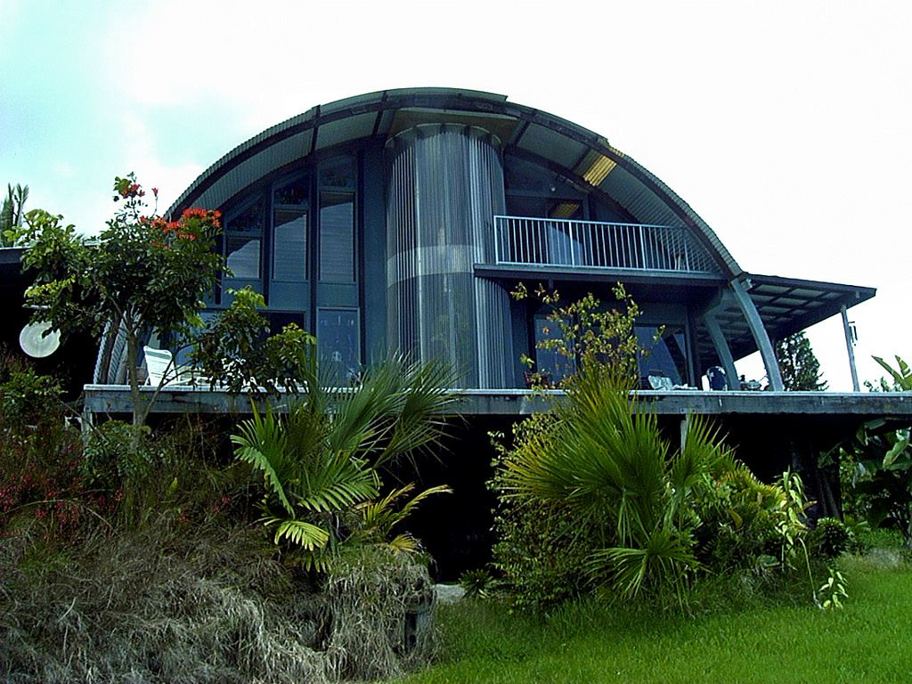 Not only does this quonset hut home look amazing they for Quonset hut home designs