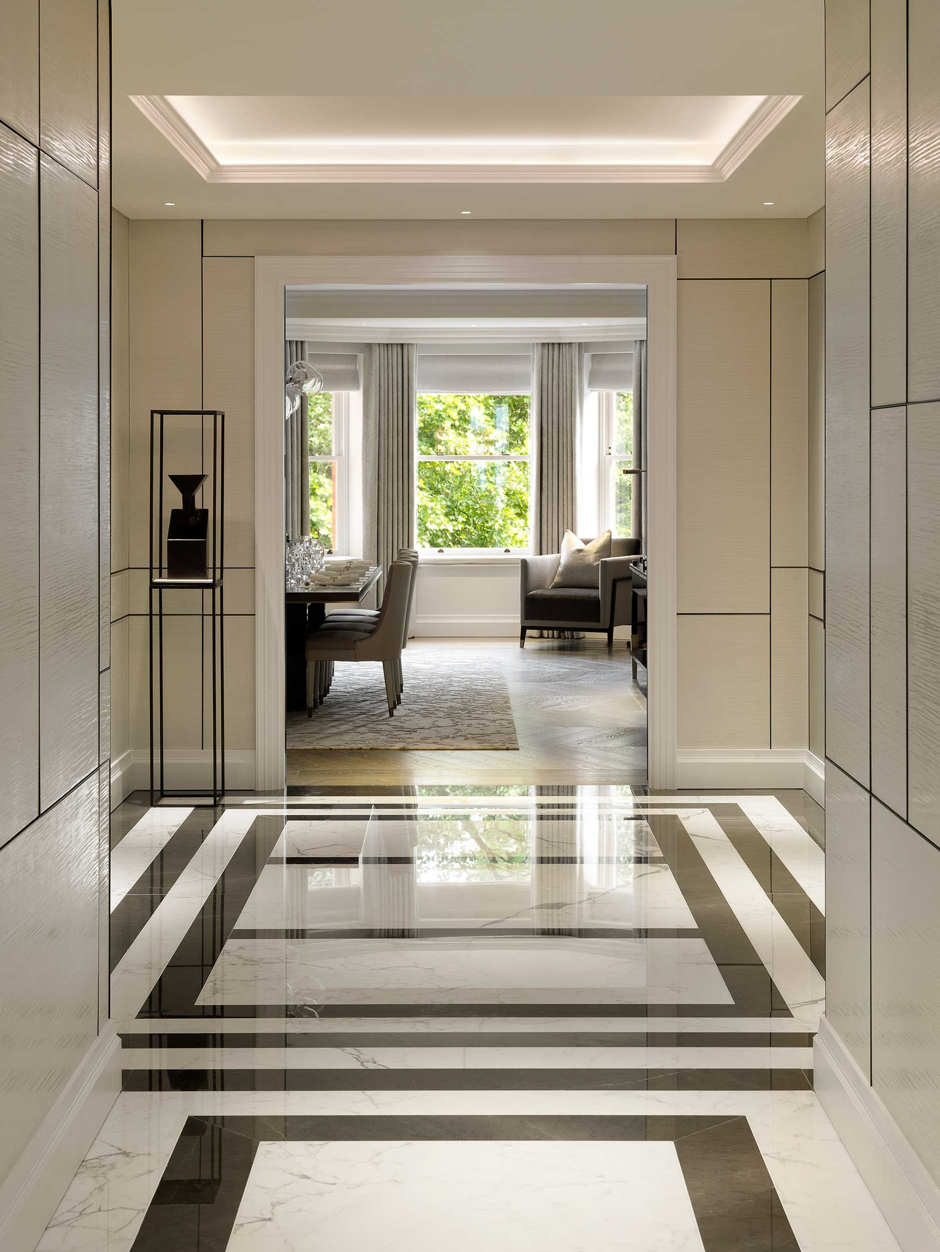 A substantial fivebedroom lateral apartment Marble