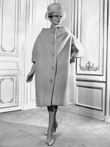 primer nivel varios estilos precios grandiosos Pierre Cardin Women's Voluminous Coat Photo | Abrigos invierno ...