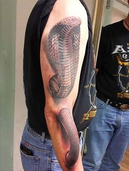 24 Mind-Boggling Optical Illusion Tattoos That Aren't Photoshopped – Ozock - Page 3