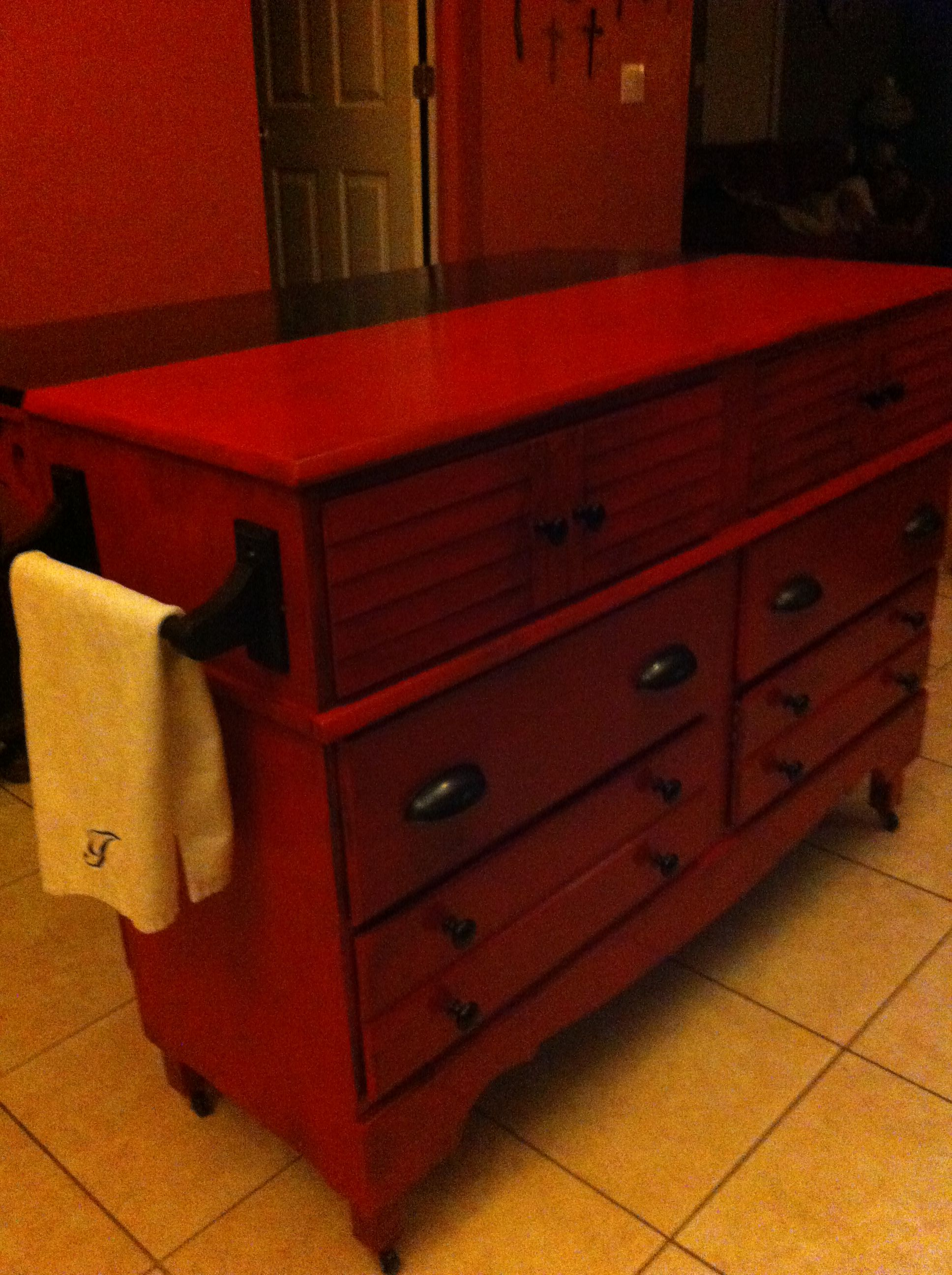 Repurposed Antique Dresser As A Kitchen Island With A: DIY Repurposed An Old Dresser To A Kitchen Island With