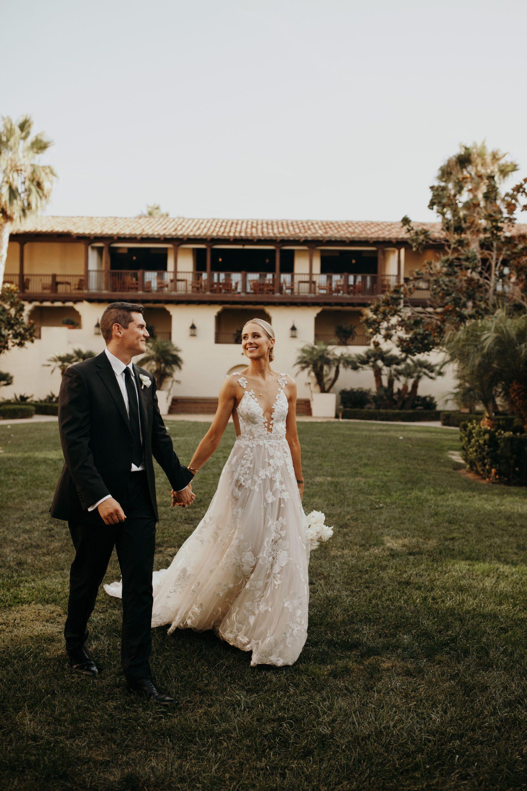 Outdoor Wedding California Wedding Southern California Wedding Wedding Dress Summer Wedding Rehearsal Outfit Galia Lahav Wedding Dress Wedding Dresses Lace [ 2560 x 1707 Pixel ]