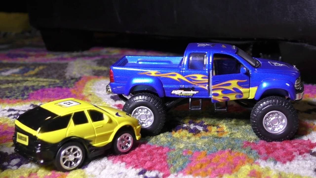 Crazy Police Chase Vs Pick Up Truck Toy Cars Action Toy Car