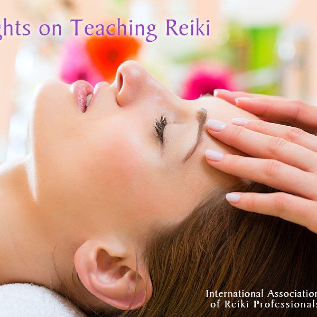 Teaching Reiki Face massage