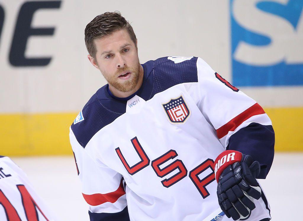Joe Pavelski Rocks The C For Team Usa At The 2016 World Cup Of Hockey Joe Pavelski Hockey World Cup Team Usa
