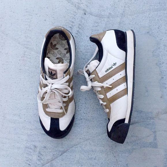 7b53fade019adc Adidas Originals Samoa + Note  Tag size is US 7.5