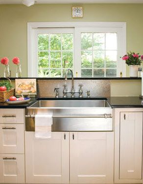 Stainless Steel Apron / Farmhouse / Butler Sink With Towel Rack   Now That  Is A Sink!