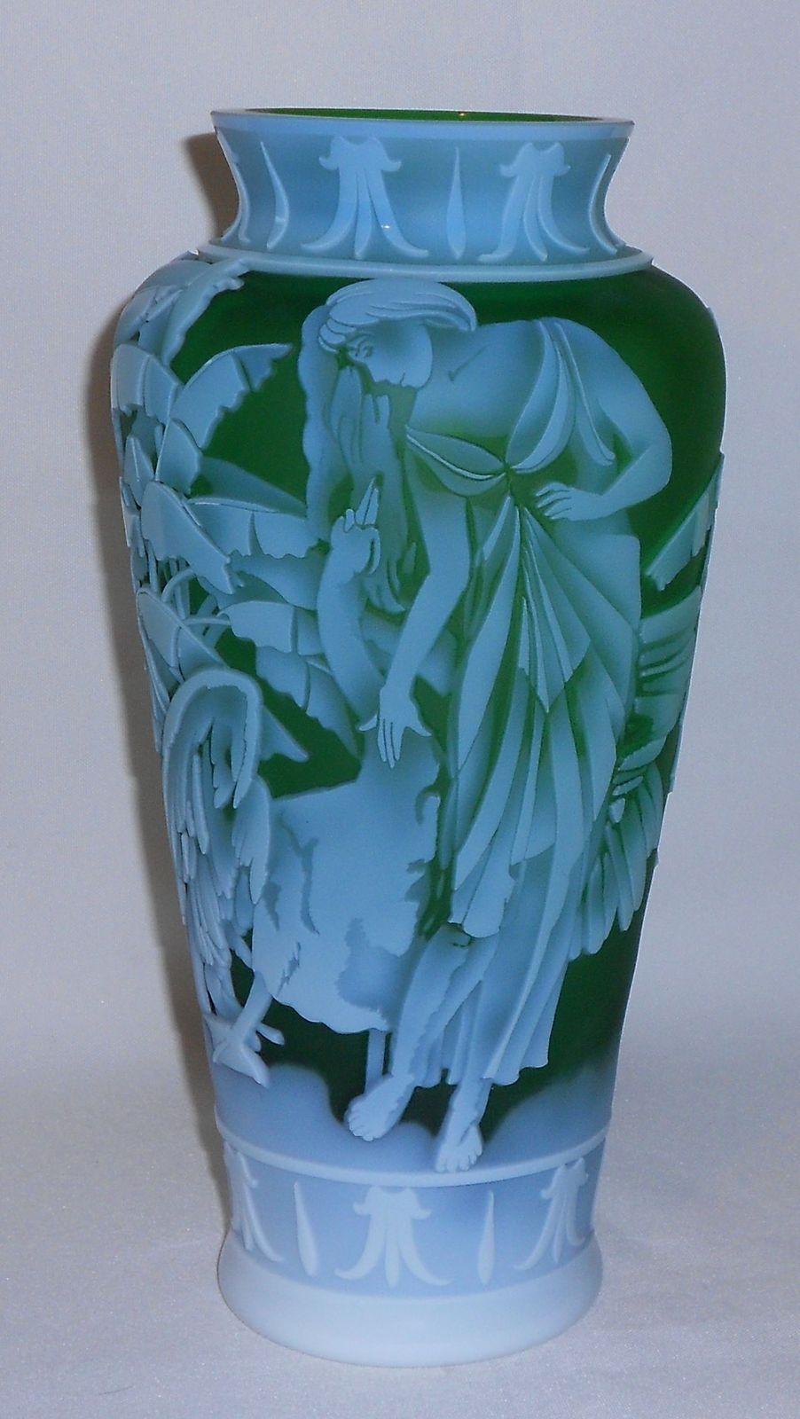 "Emerald Art Glass fenton art glass kelsey murphy cameo ""leida"" vase d/p, milk glass"
