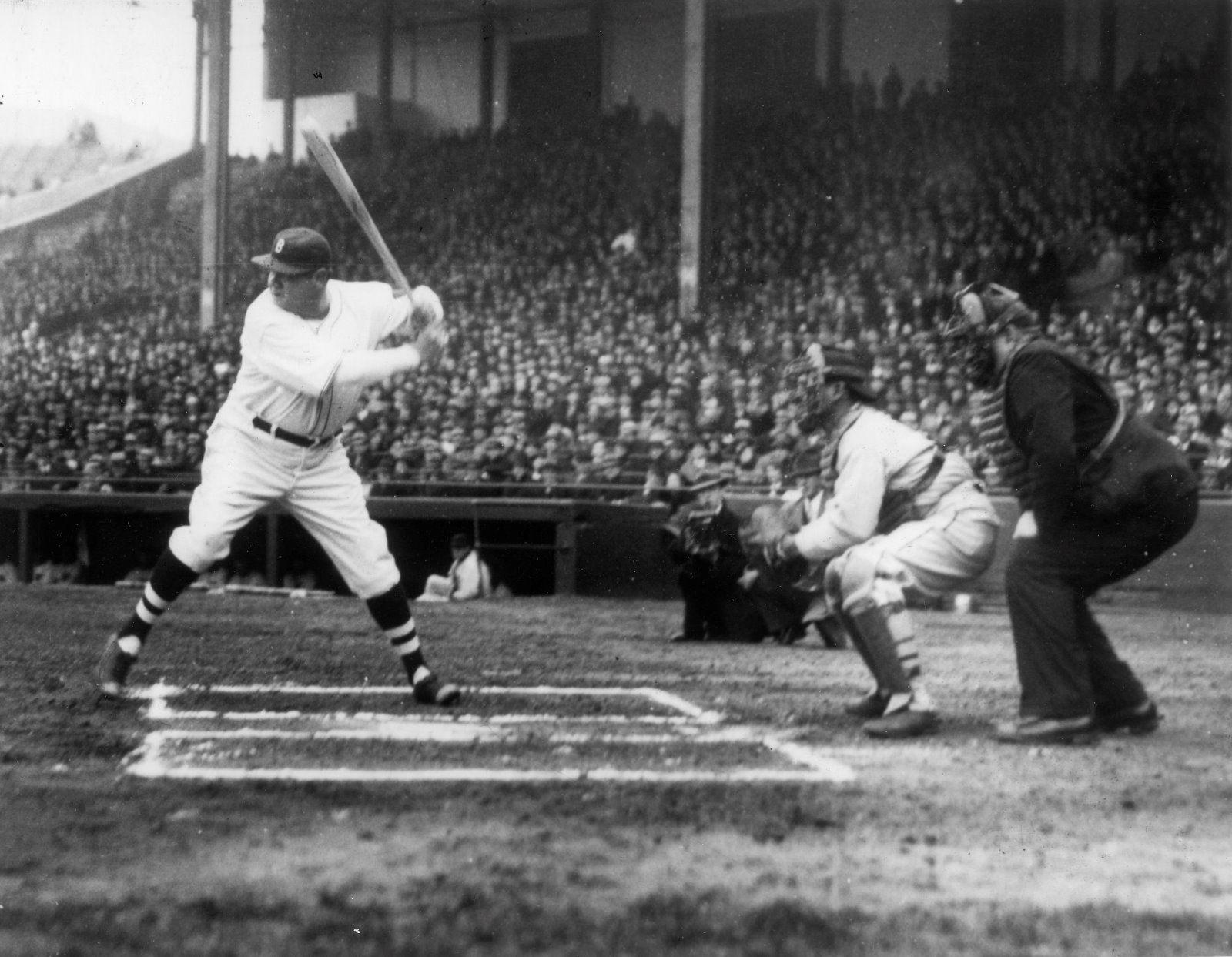 Babe Ruth at bat vintage rare Yankees 8x10 photograph \