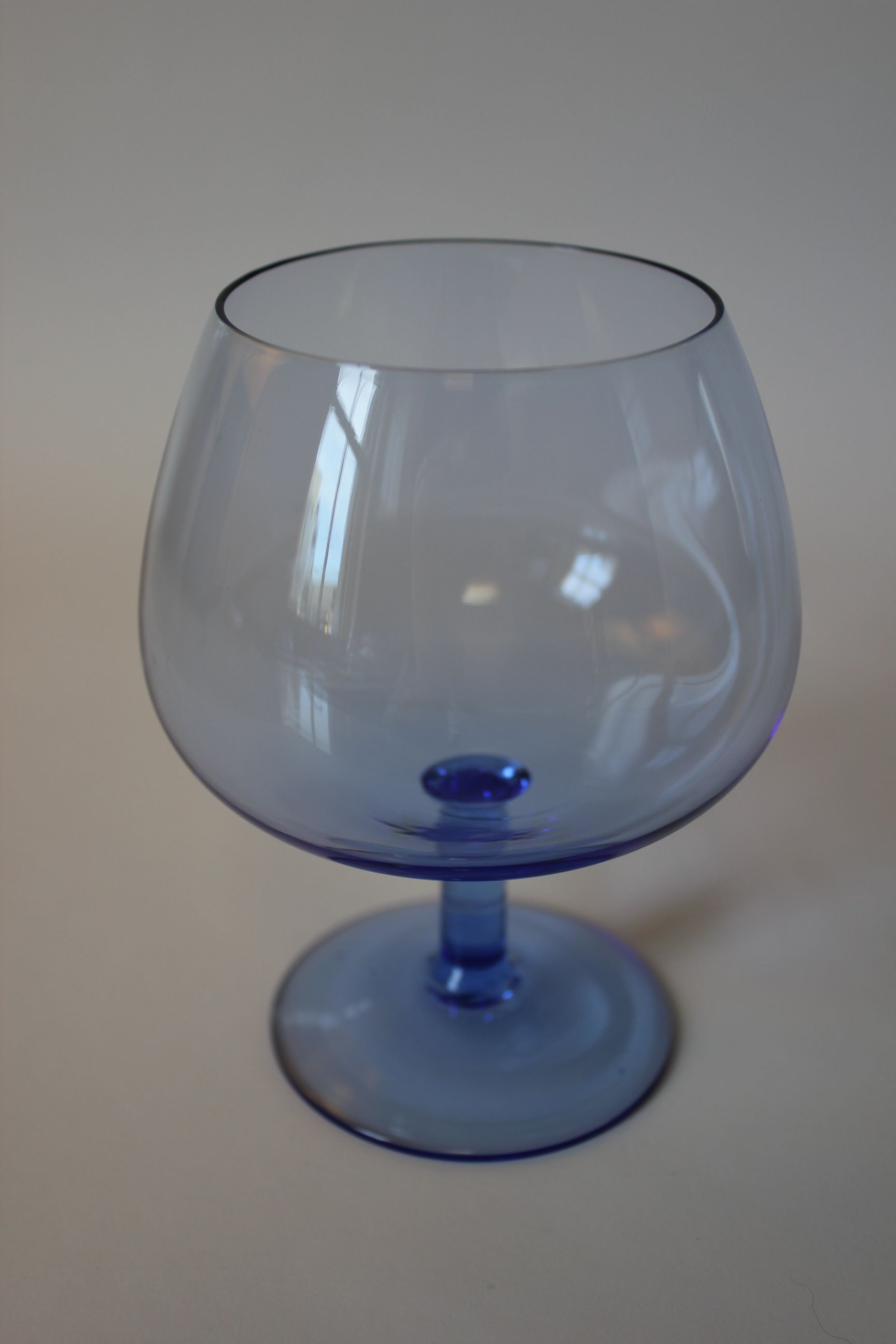 Cool little blue brandy balloon glass glasses the drinking kind cool little blue brandy balloon glass reviewsmspy