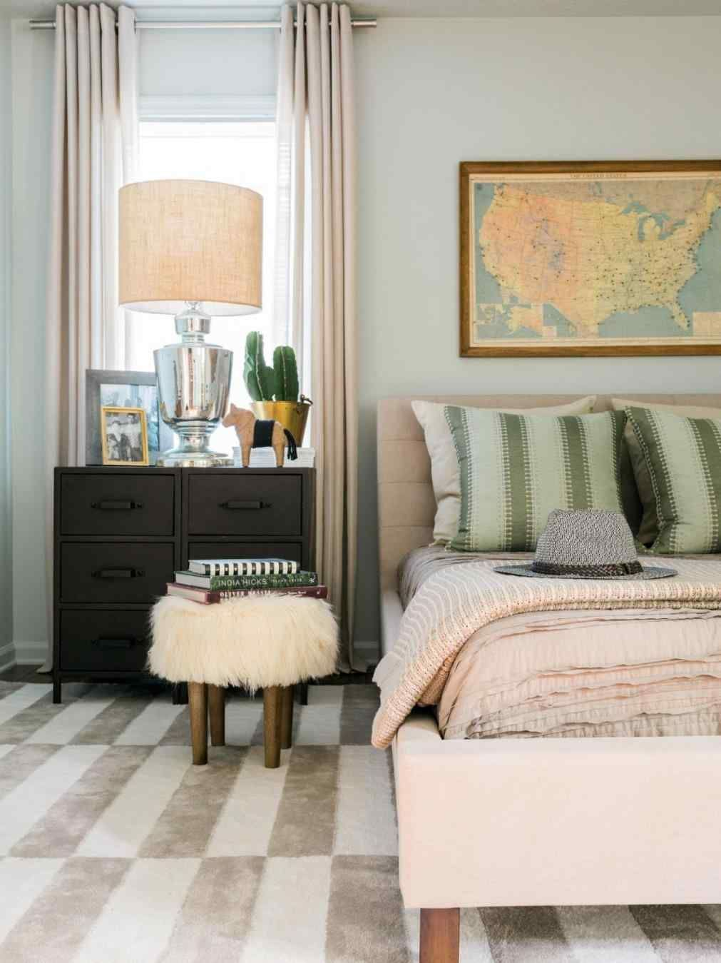 17 Nice Bedroom Paint Colors For Prepare New Year In 2019 Decorate Your Bedroom With The Idea Small Bedroom Colours Bedroom Color Schemes Small Room Bedroom