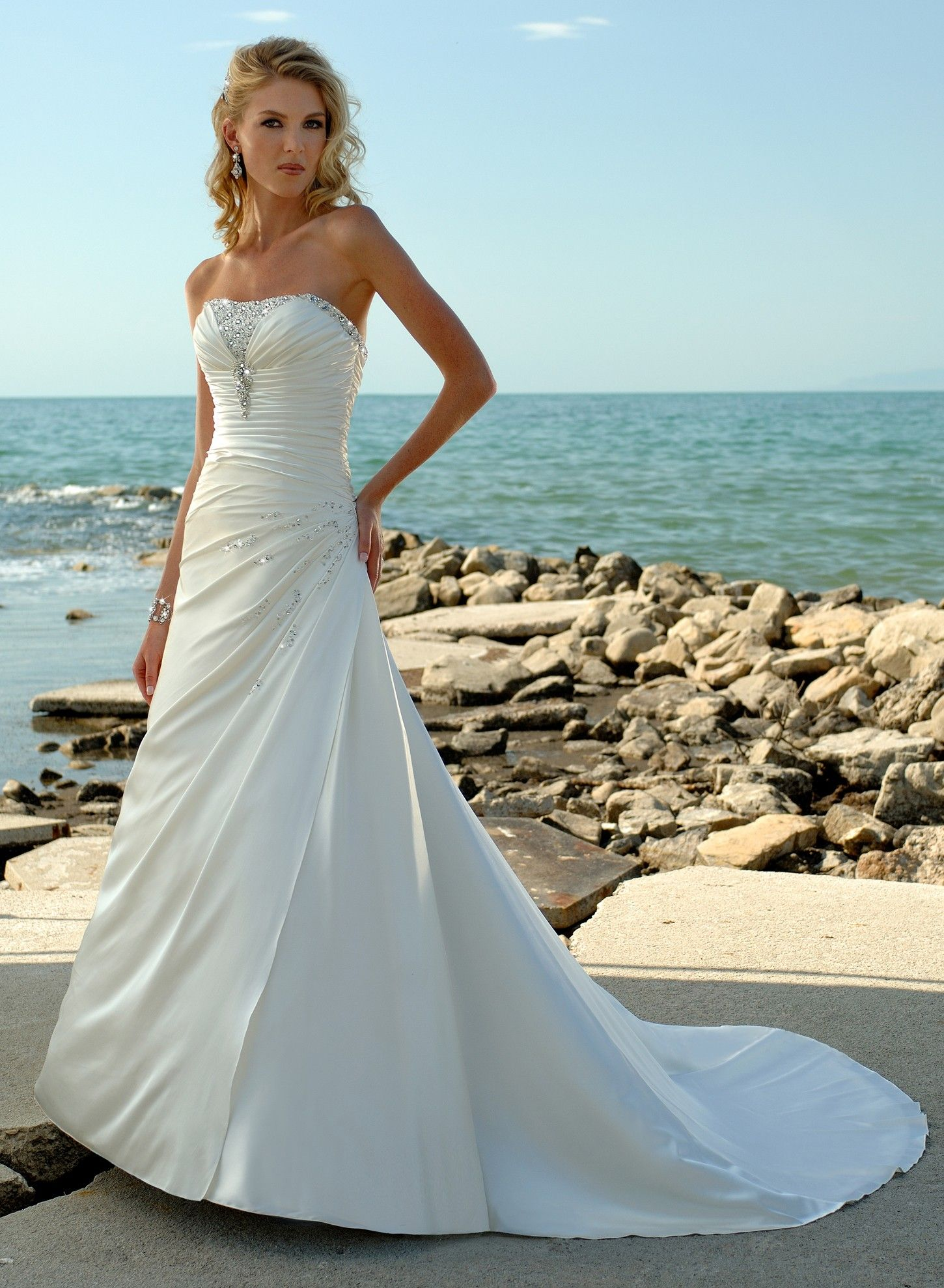 Beautiful Wedding Dresses For You Ladies - feelitcool.com ...