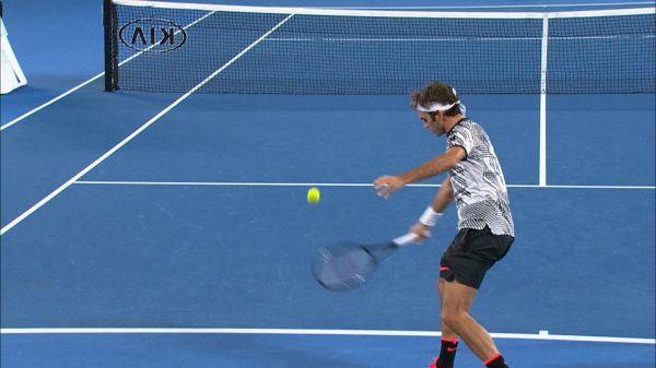 Roger Federer vs Tomas Berdych - Open d'Australie 2017 - Melbourne 20 Janvier 2017 6/2 - 6/4 - 6/4 -> drop shot de RF