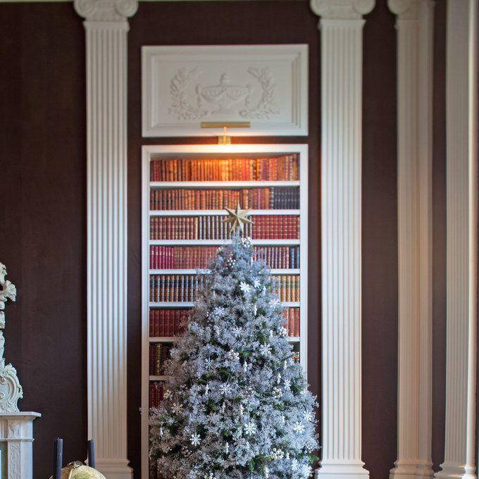 Carolyne Roehm's Secrets To Holiday Entertaining