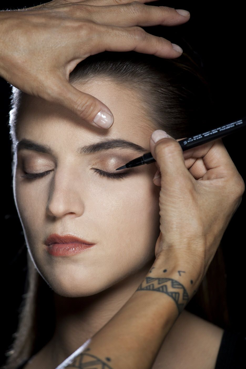 Step 1 Apply Eyeliner Stylo to the top lash line starting
