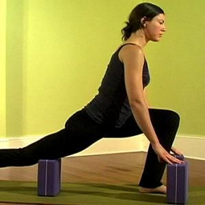 block lunges release the quadriceps and lengthen the