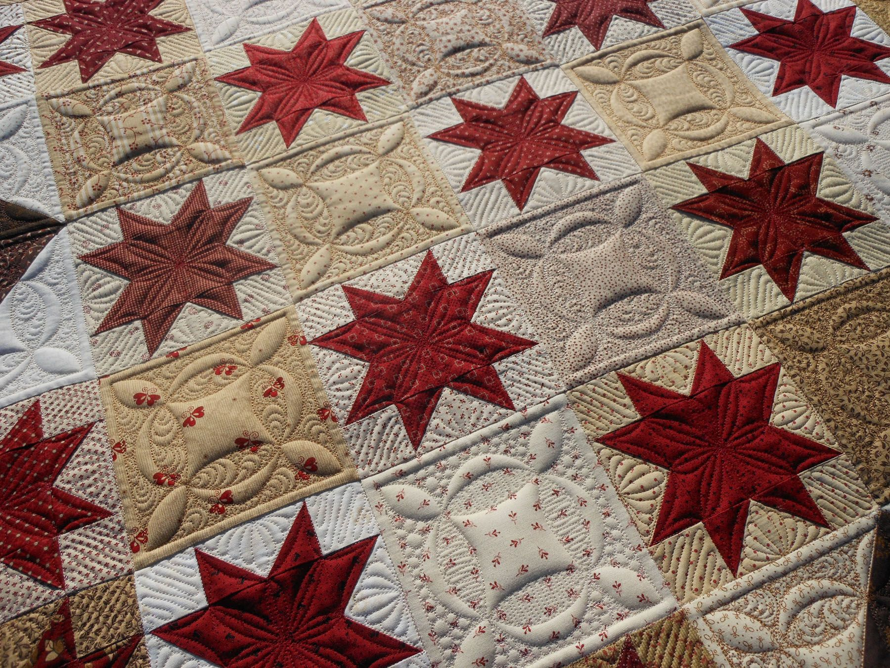 Quilted by greenfairyquilts.com