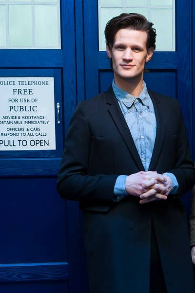 Watched Day of the Doctor. Cried like a fat kid missing cake. Good night, Raggedy Man. ♡♥
