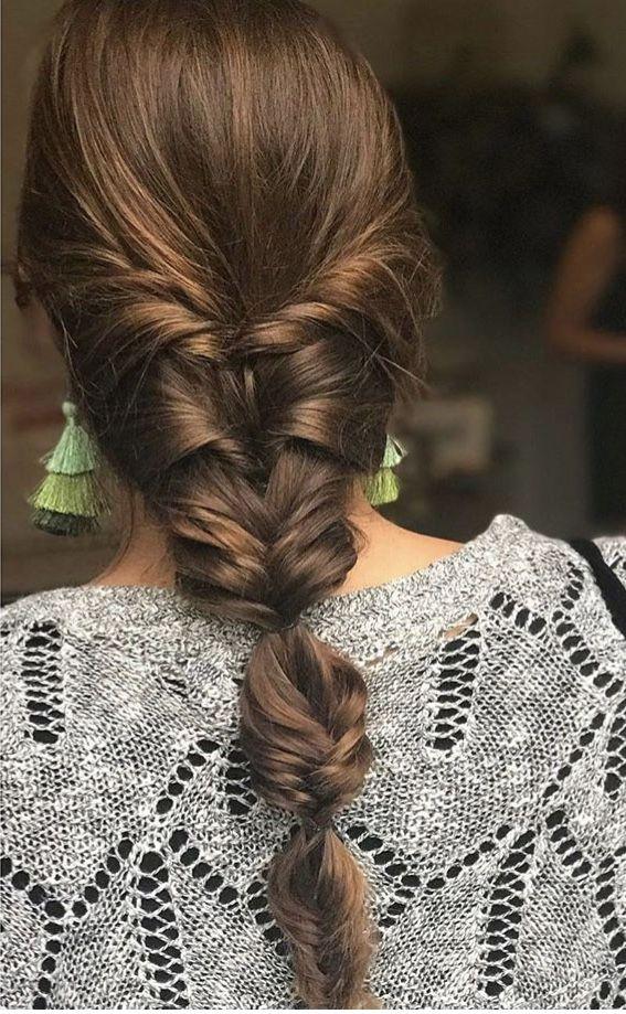 Un Agrafat Molt Natural I Amb Molta Clase Hair Braid Diy Hair Styles Braids For Black Hair