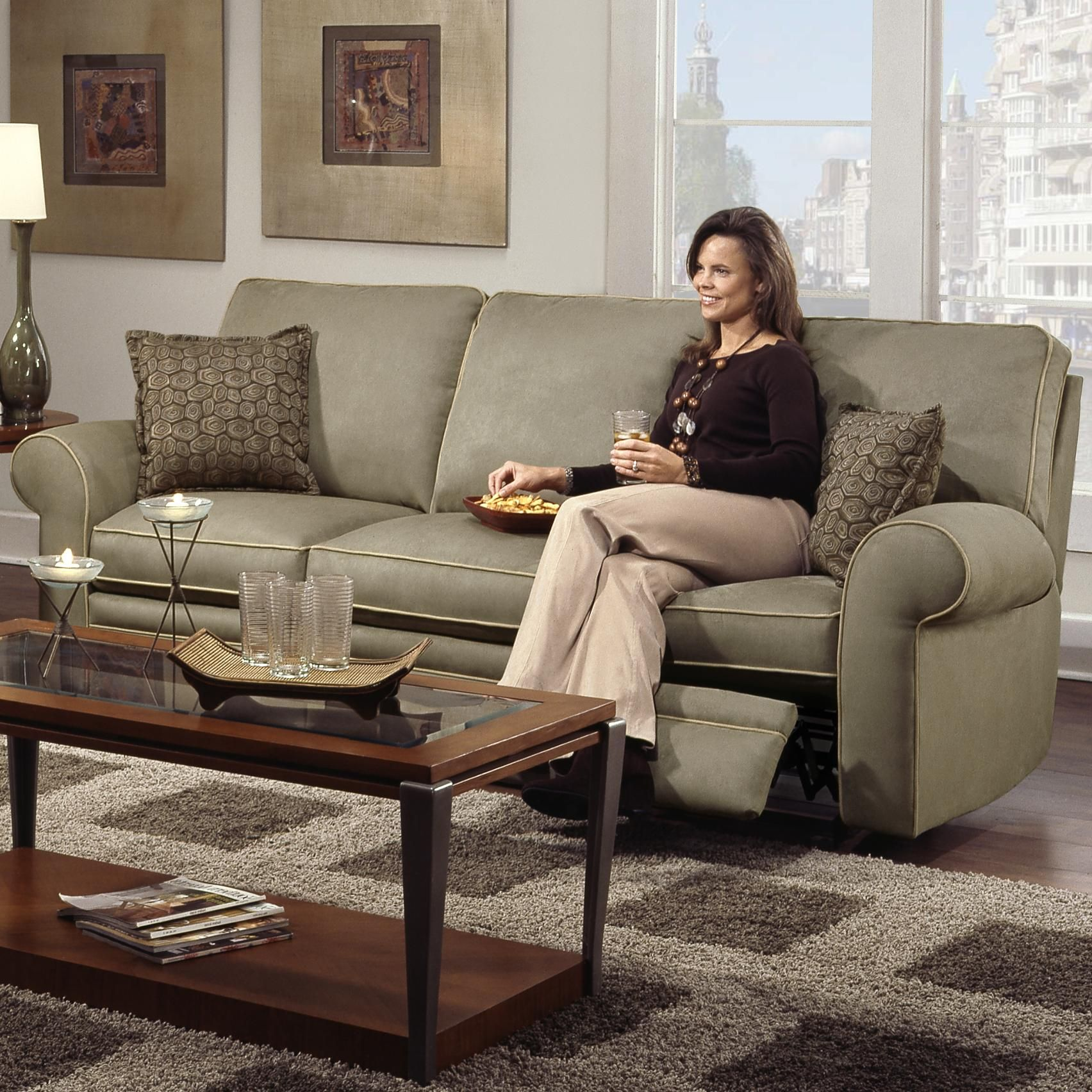 Cosmopolitan Transitional Double Reclining Sofa By Southern Motion