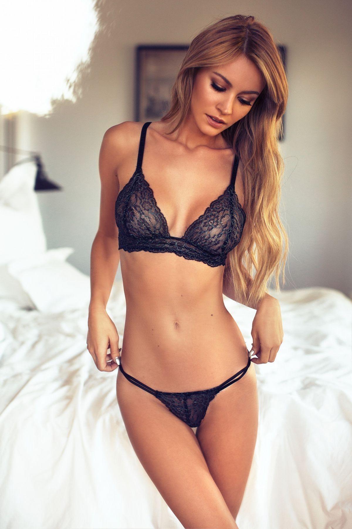 Bikini Panties Bryana Holly  nudes (19 photo), Twitter, legs