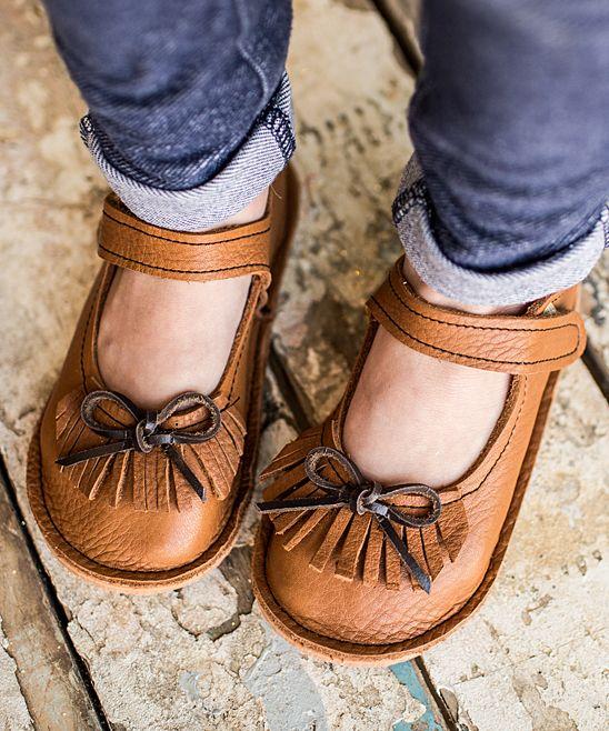 Sapatinhos menina (com imagens)   Sapatos menina, Produtos