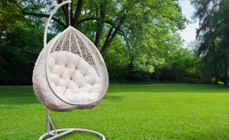 Groovy White Outdoor Wicker Hanging Egg Chair Swinging Pod Frankydiablos Diy Chair Ideas Frankydiabloscom