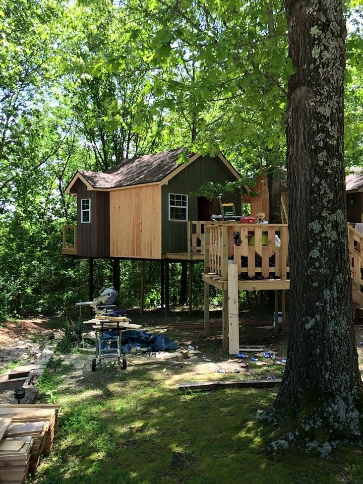 Charmant 1 Of 3 New Treehouse Cabins Nearly Complete At Branson Treehouse Adventures