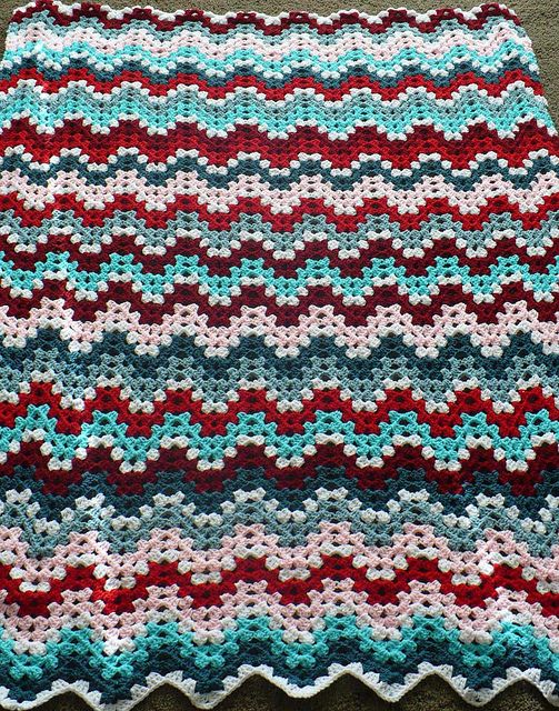 Granny Ripple Afghan, free pattern by Project Linus, classic yet ...