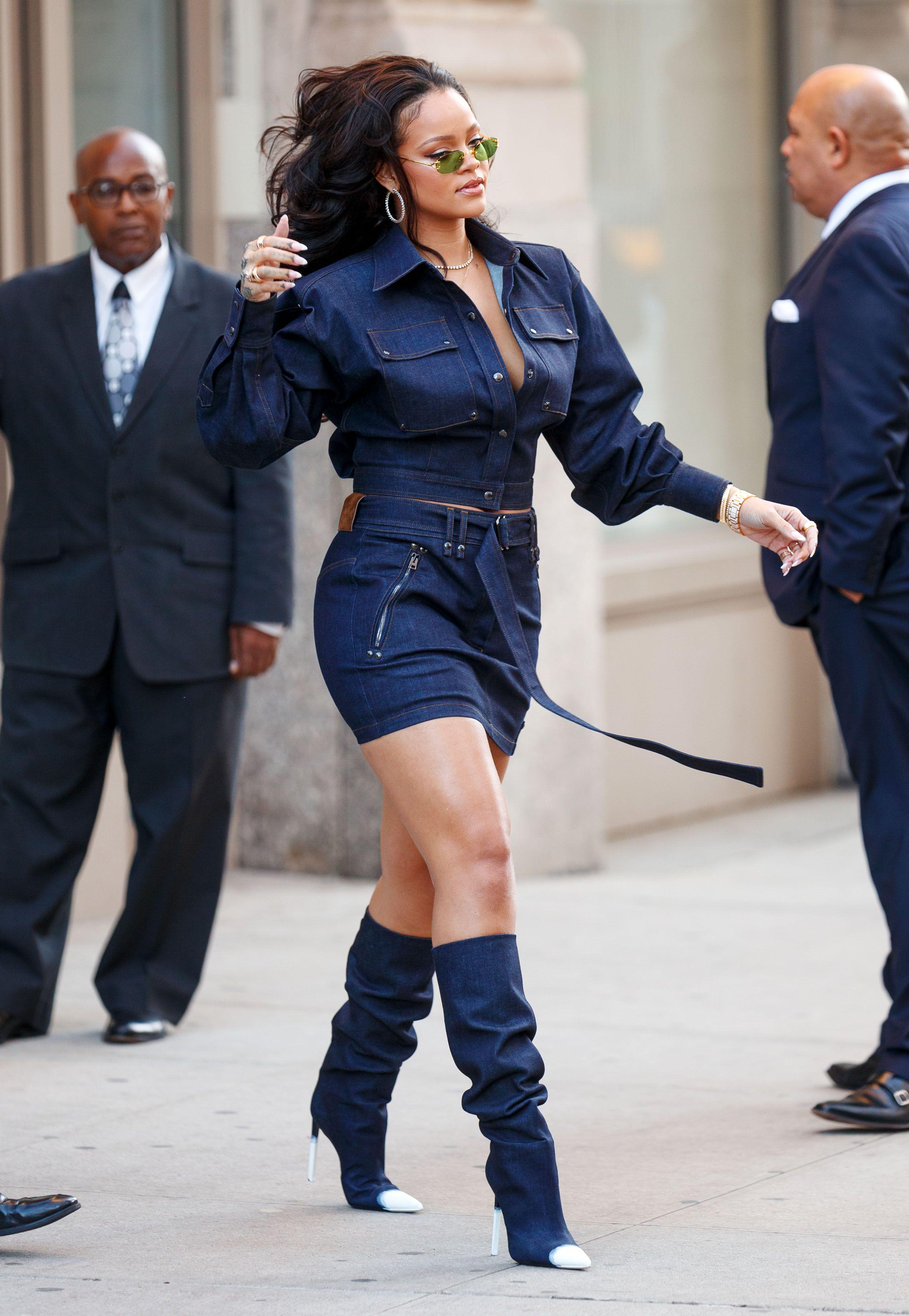Thickanna 12 Photos Of Rihanna Looking Thick And Flawless