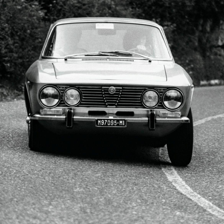 Ca. Early-1970s Alfa Romeo MM (2000) GT Veloce 2-Dr. Cpe