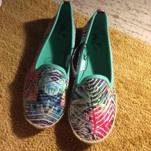Colorful new flats Brand new with tags from rue 21. Rue 21 Shoes Flats & Loafers
