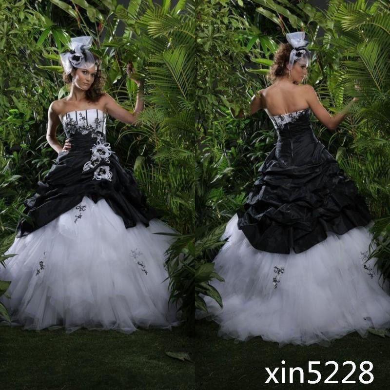 Gotisch Hochzeitskleid Schwarz Weiß Rüschen Jahrgang Braut ...