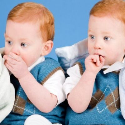 While Chatting With Twins - Funny Random and Weird Facts To Show Your Intelligence