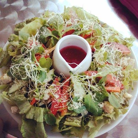 using strawberry vinaigrette for salads