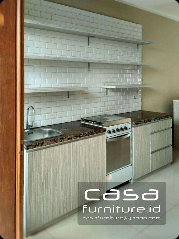 Kitchen Set Minimalis Model Lurus Di Griya Uluwatu Japos Pondok Aren