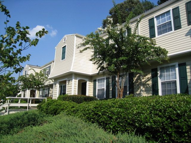 Lakeside Apartment Townhomes College Park Ga Apartments College