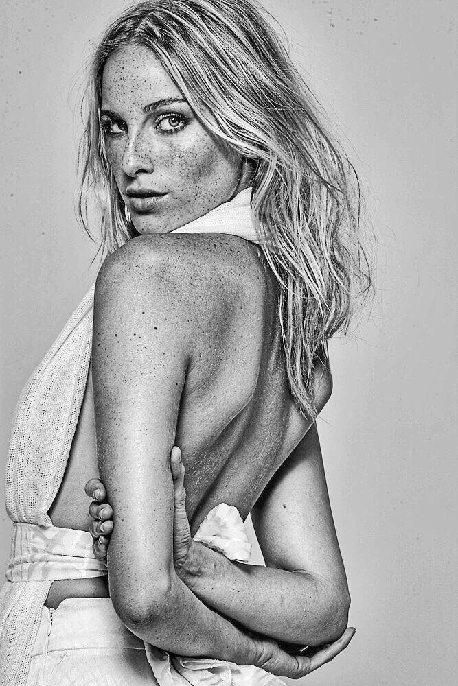 Dani Gondim by Thiago Teixeira   Models Brazil   Pinterest   Brazil ... c2b3536581