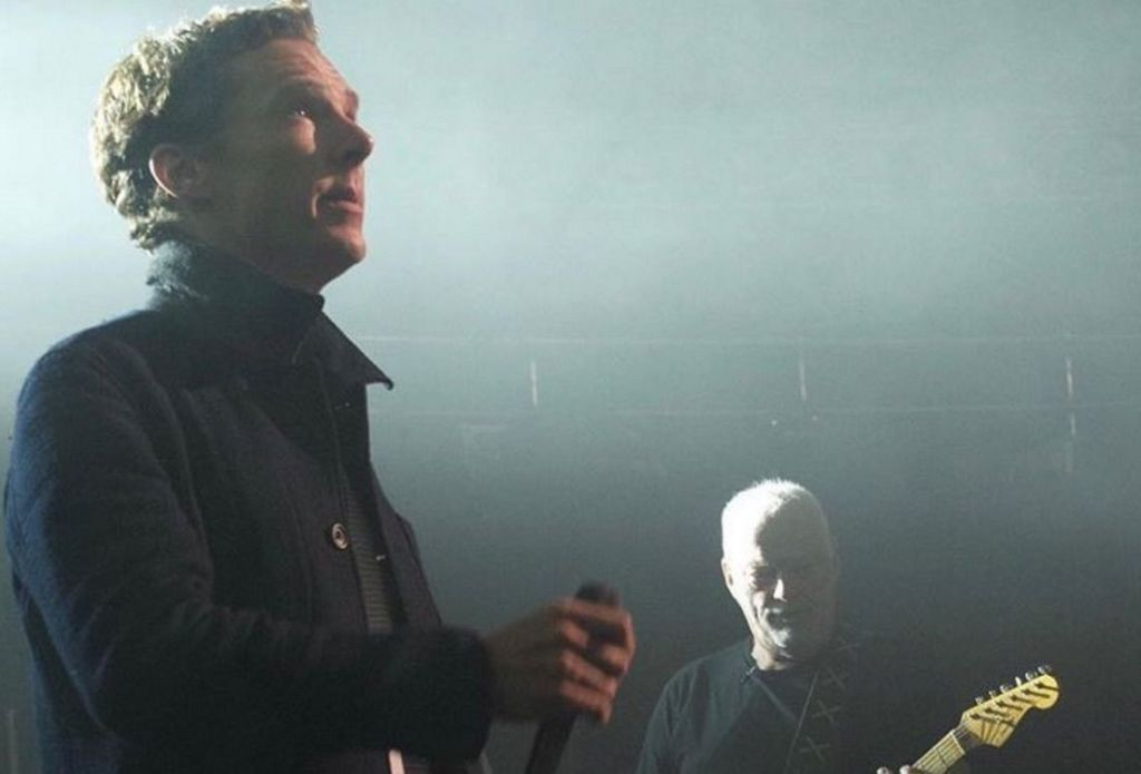 Benedict Cumberbatch Sang Onstage With Pink Floyd S David Gilmour