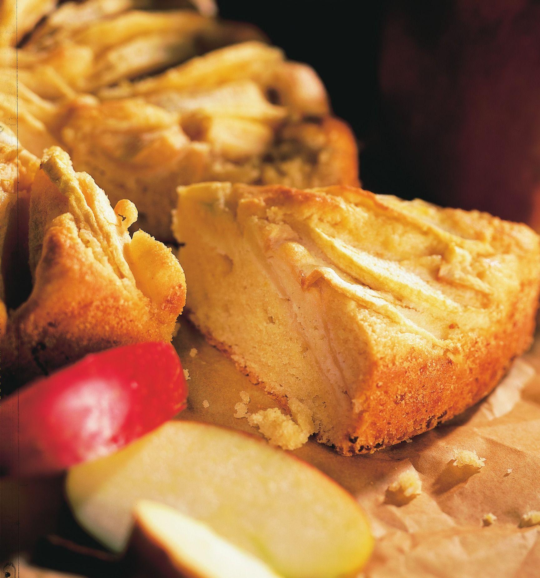Angelic Apple Cake Recipe Seasonal food, Light cakes, Food