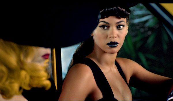 Kanye Gives Lipstick Advice Guys Don T Like Dark Lipstick Classic Red Or No Make Up At All Lady Gaga Beyonce Beyonce Lady Gaga Photos