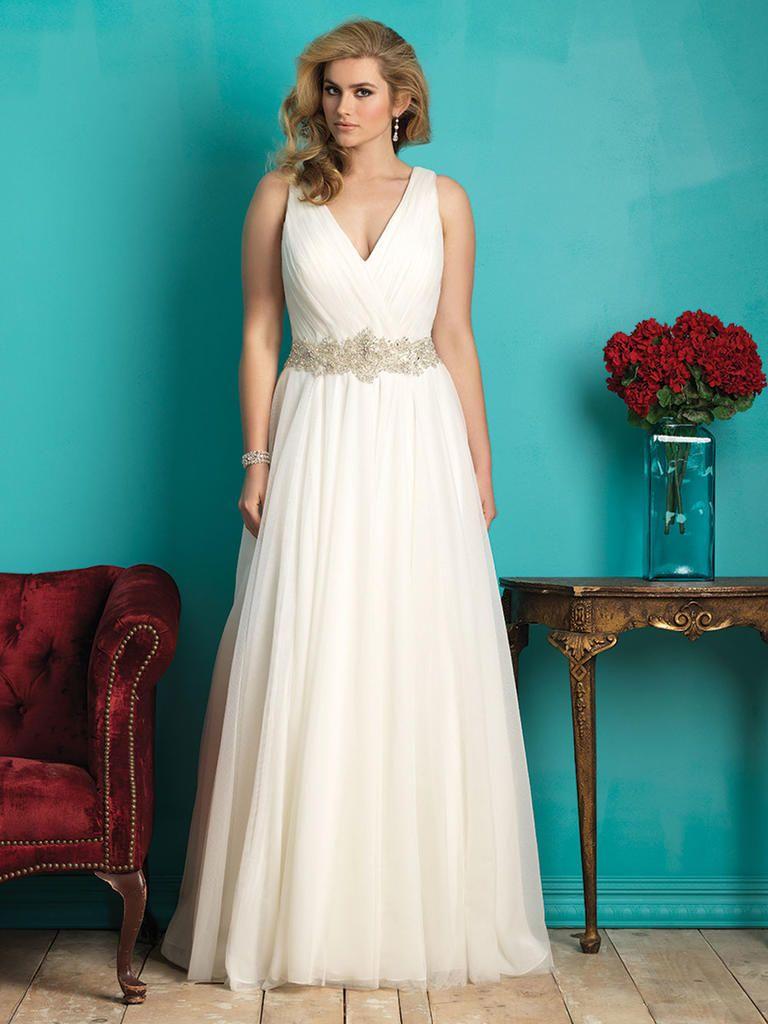 20 Gorgeous Plus-Size Wedding Dresses | Wedding dress, Weddings and ...