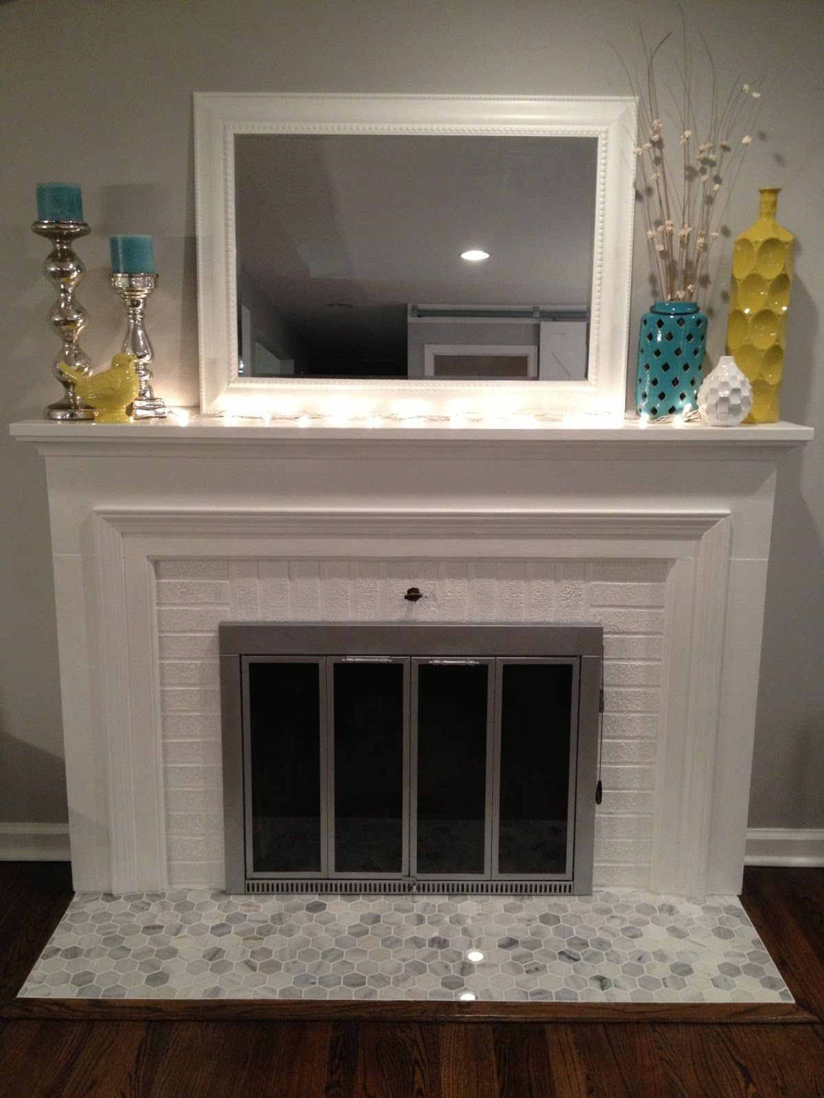 Marble tiled fireplaces google search for the home for Google decoracion de interiores