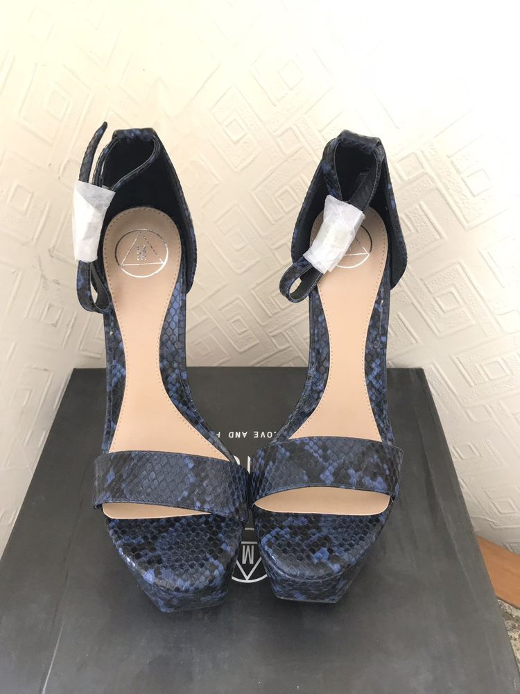 21c9252b1d5 Platform Heels - Platform Heels ideas  heels  platformheels Snake Print  Platform Heels - 9.00 End Date  Wednesday Feb-13-2019 13 31 24 GMT Buy It  Now for ...