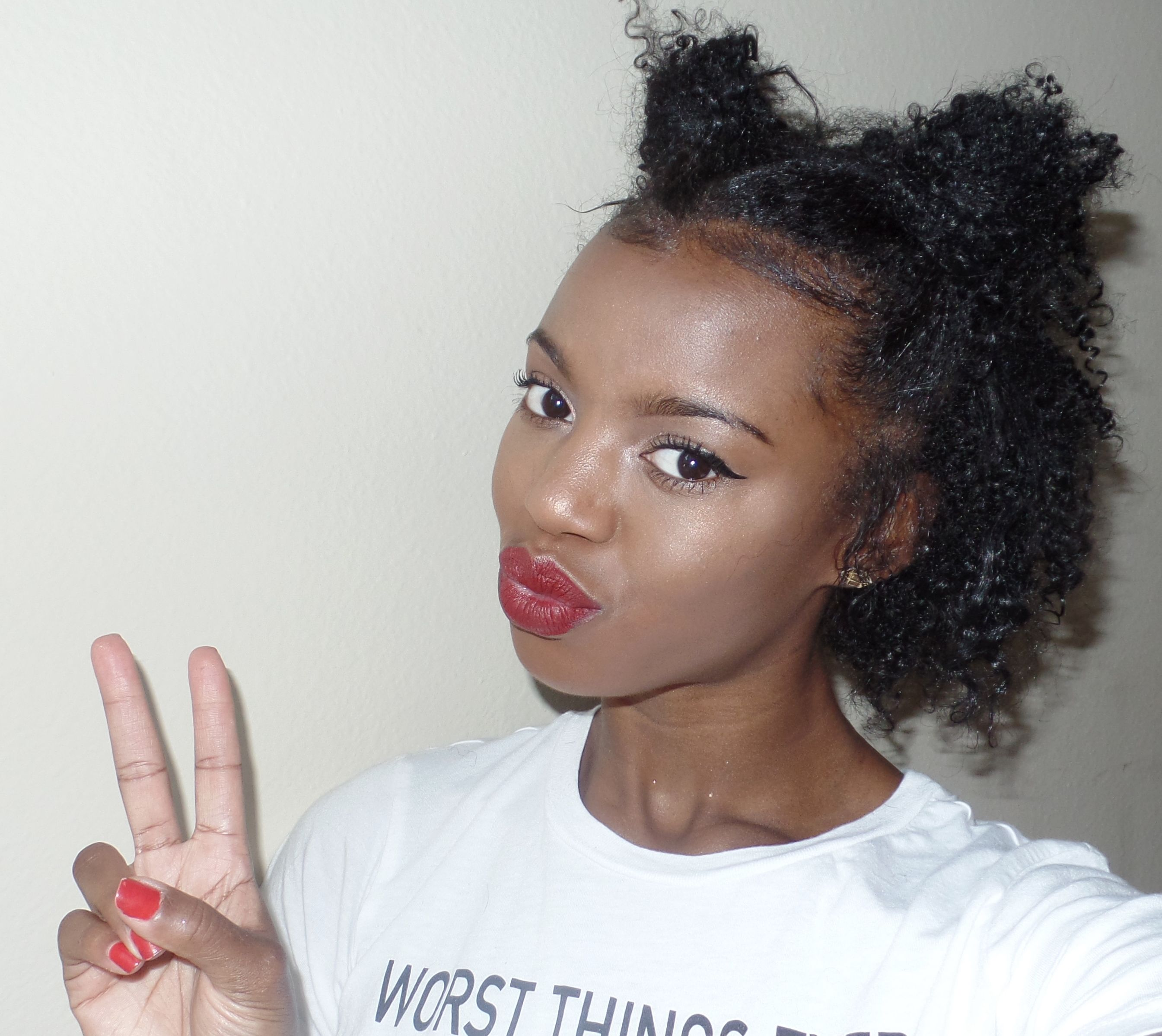 curly hair space buns!! + my top 3 current curly hair faves
