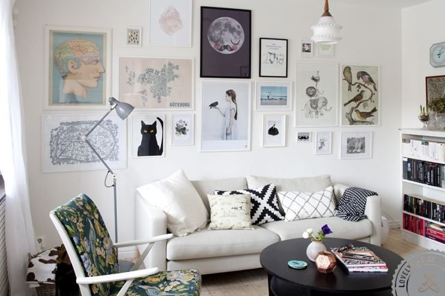 An inspiring mix of graphic and floral, old and new... Gothenburg home. By Ikea Family Live.