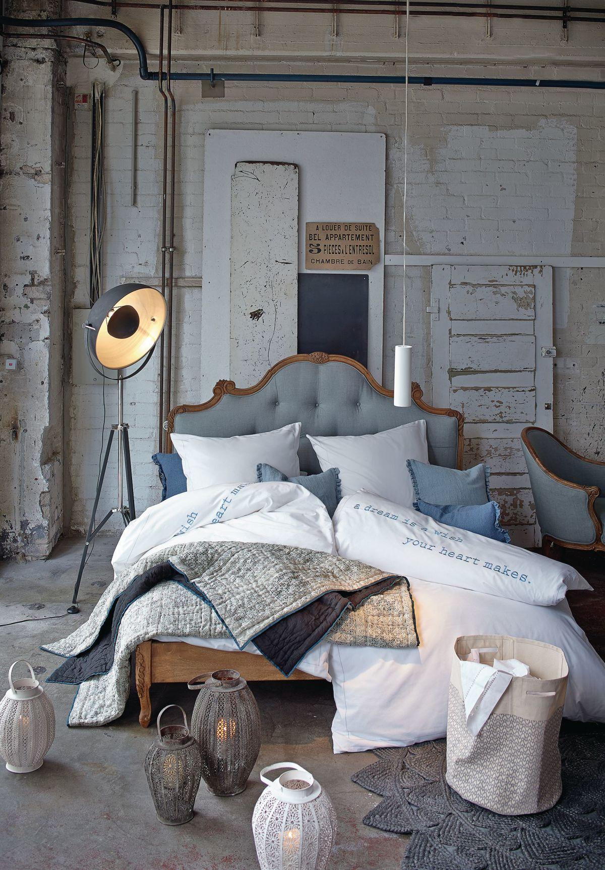 Außergewöhnliche betten mit licht  Bett, Knopfheftung, Romantik Look, Mango massiv, Leinenbzug ...