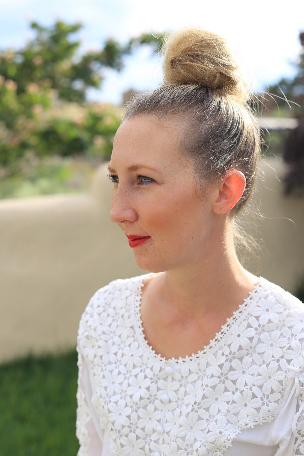 Top knot fluffy bun easy hairstyle ideas hair unwashed hairstyles