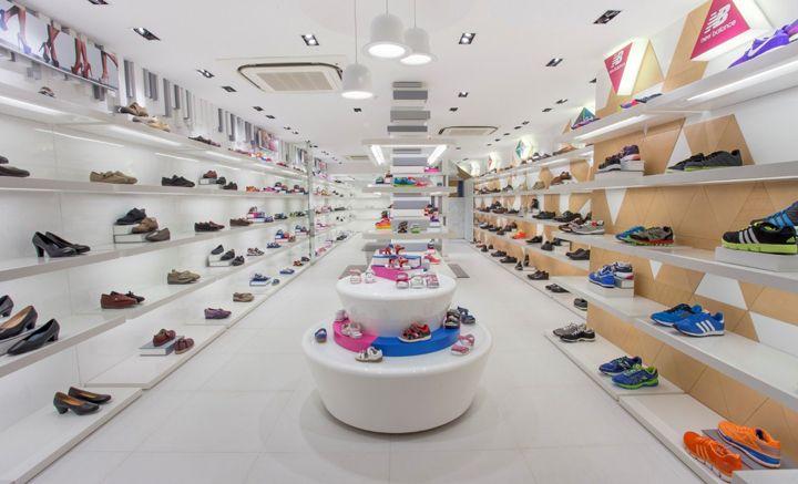 Osaka Shoes store by Plotcreative